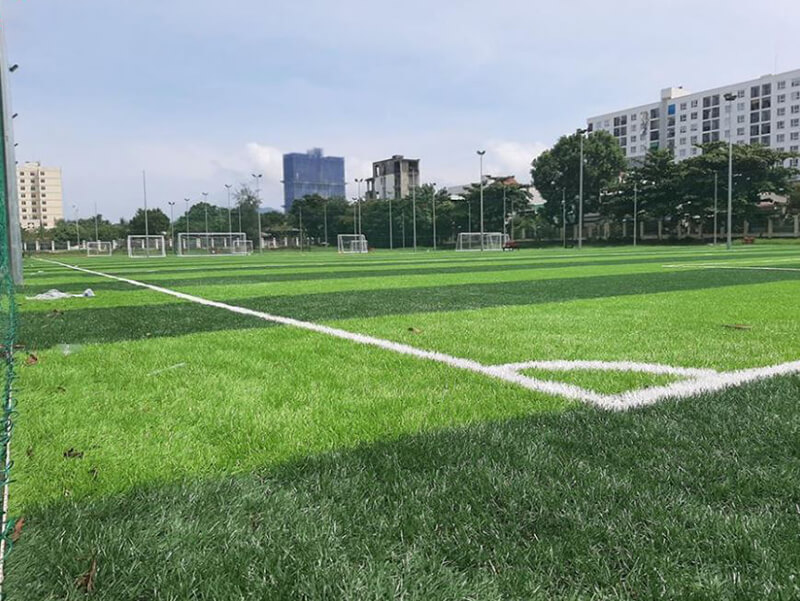 Sân bóng Thượng Đình - Sân bóng Hà Nội được yêu thích nhất