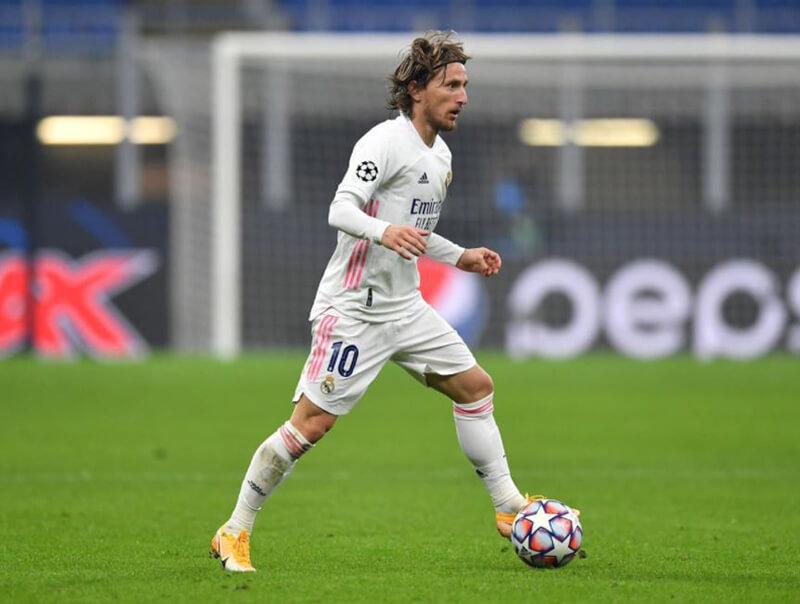 Quả bóng vàng 2018 tiền vệ Luka Modrid