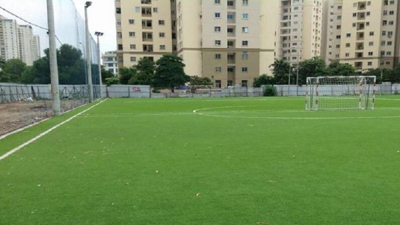 Sân bóng Thành Đồng với không gian thoáng đãng